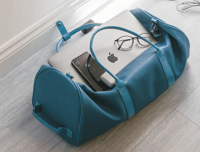 Bag with PC and smartphone.